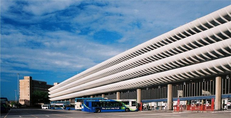 1200px-Preston_bus_station_232-26